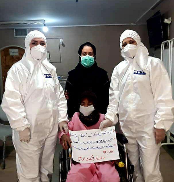 خبرنگاران مادر 96 ساله یک شهید ساوه ای کرونا را شکست داد